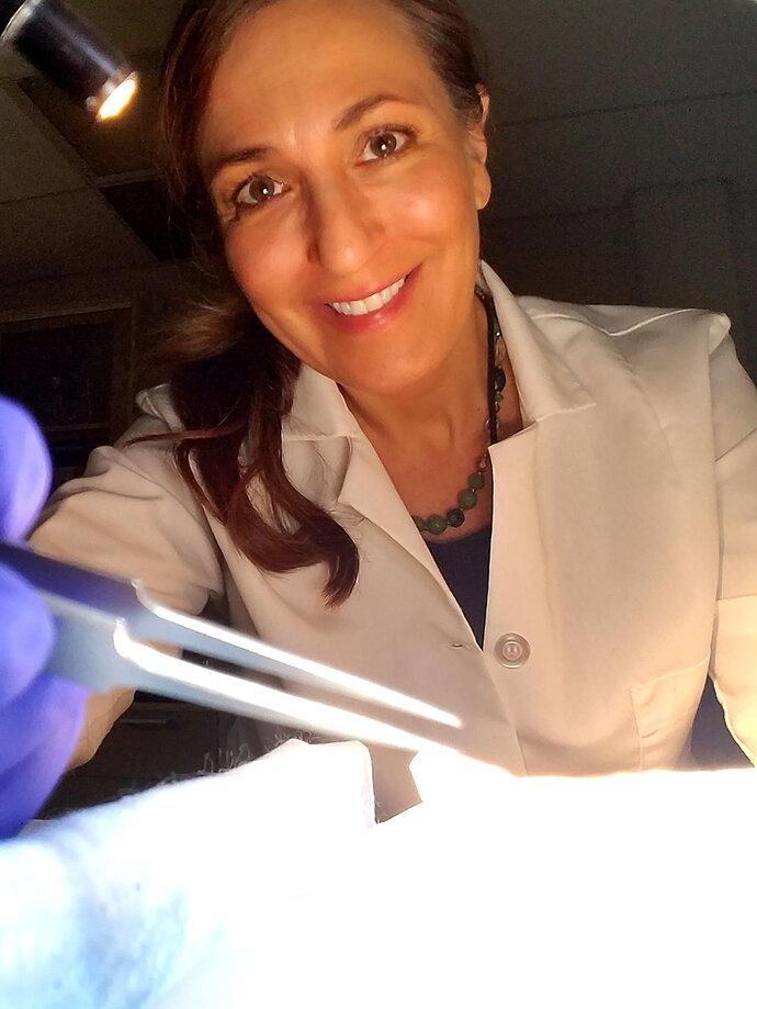 Dr Dana Nayduch